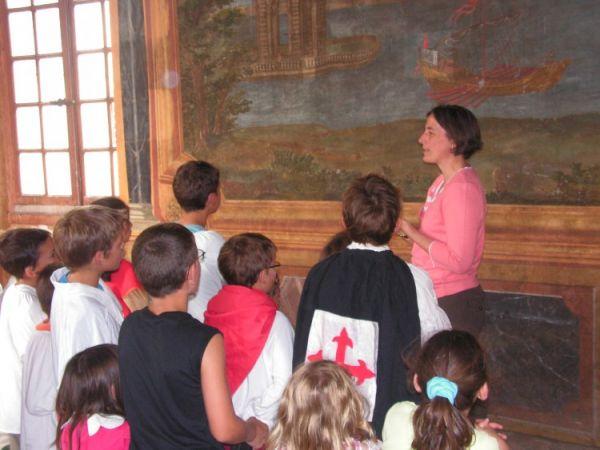 Visite en groupe costumée au chateau